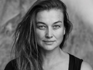 Claudia Schneider – Architect & Singer