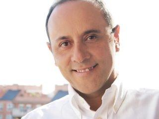 Dr Emilio Santos – Home Births