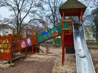 Drachenburg Playground, Frankfurt