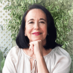 Dr. Magdalena Arcia – MD & Psychotherapist