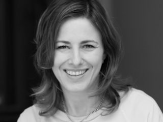 Sabine Camargos – Tabledots