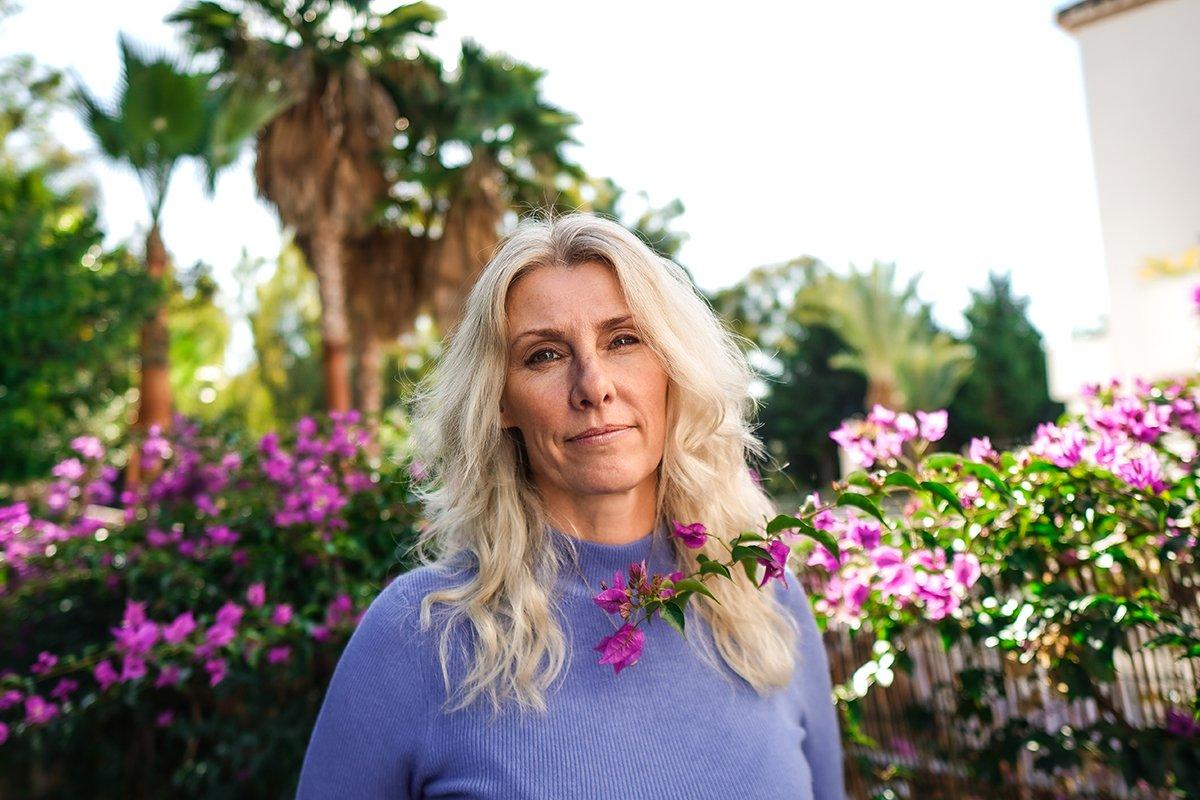 The English Therapist Deb Jones